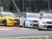 "Liuzzi, Biagi e Ferrara regalano alla Mercedes un week end da ""superstar"""