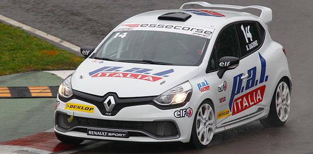 Clio Cup Italia spicca il volo da imola