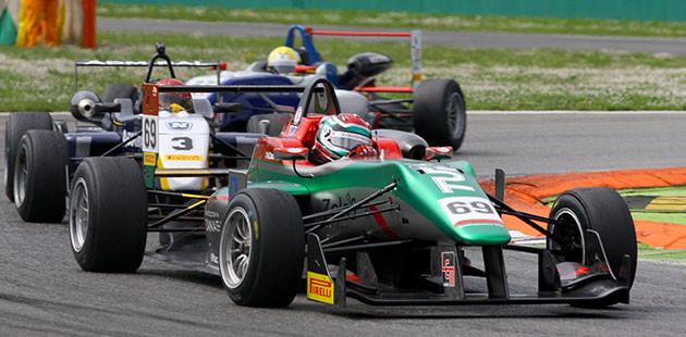 Zanasi domina l'avvio della Formula 2