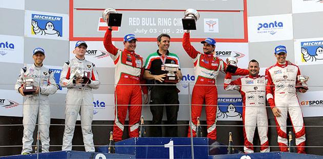 Il podio di gara 1 (Foto Speedy)