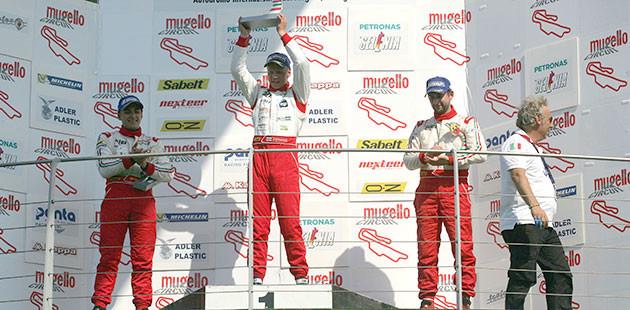 Il podio di gara 2 (Photo4)