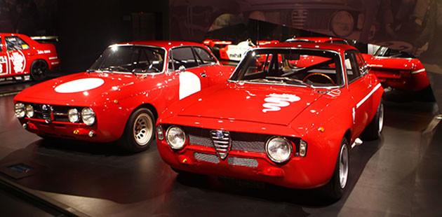 L'Alfa 1750 GT Am e l'Alfa GTA 1300 Junior (Foto Marco Vitali)