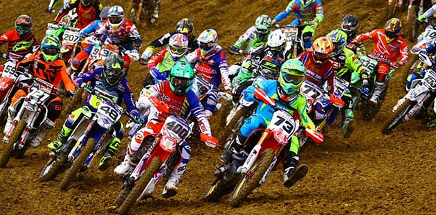 Italiano Motocross: start spettacolo sul Trasimeno