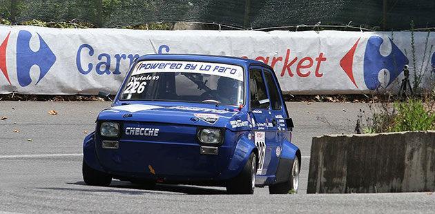 Daniele Portale con la Fiat 126 vince nelle Minicar