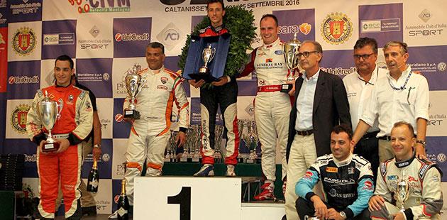 Il podio della Coppa Nissena con i primi 10 piloti  assoluti