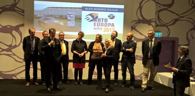 Davide D'amico ritira l'ambito premio del UIGA, Unione Italiana Giornalisti Automotive