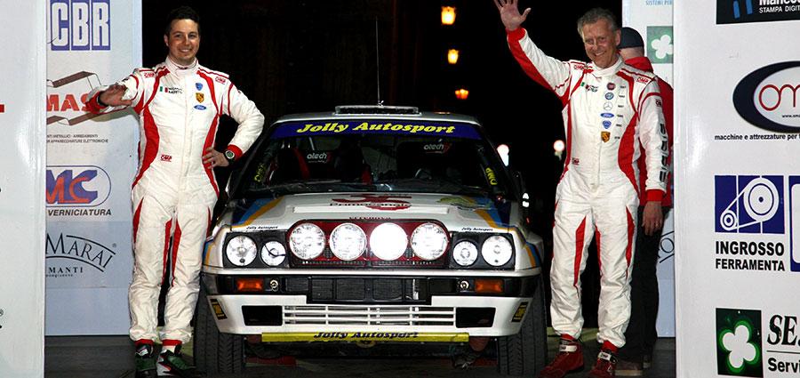 Maurizio Rossi e Riccardo Imerito con la Lancia Delta completano il podio dell'Historic Rally Vallate Aretine