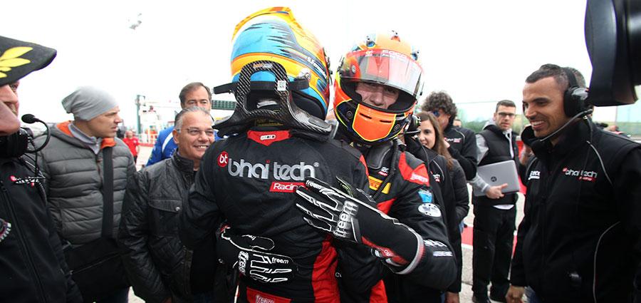 Gran numero di Lorenzo Colombo autore di un grande recupero dal decimo al secondo posto in gara 3