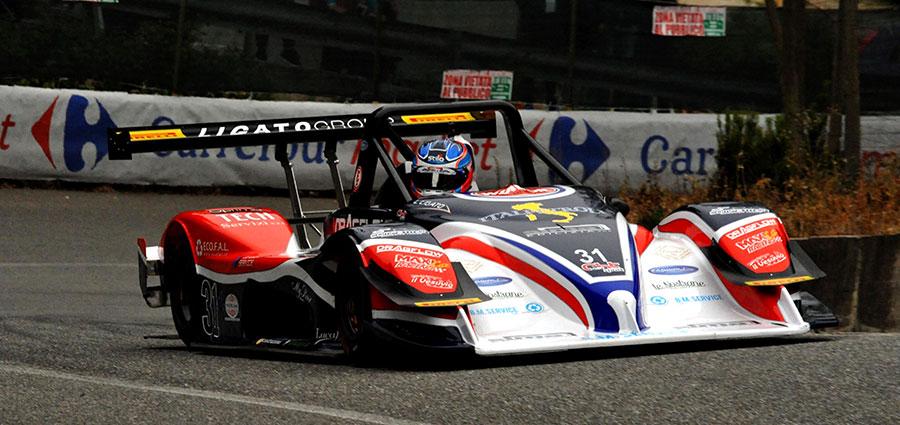Quarto assoluto e vincitore della CN, Luca Ligato, con la Osella Pa21/S Evo
