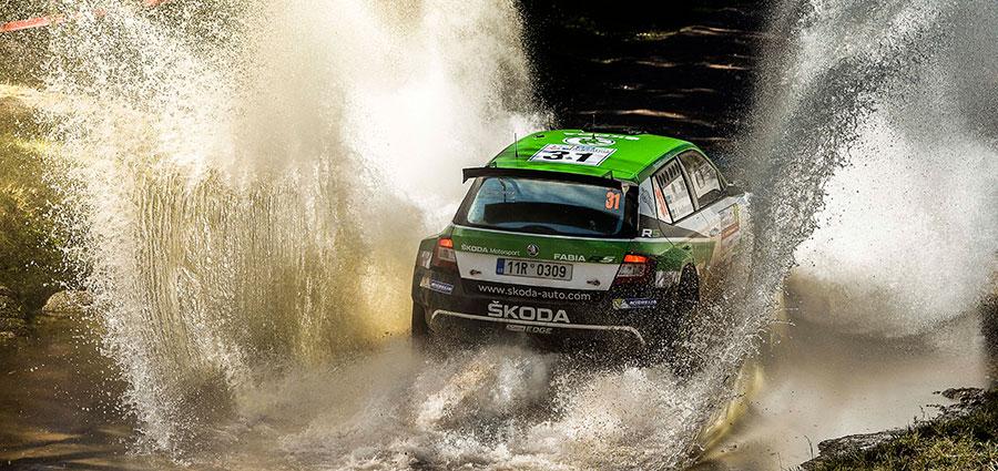 Nella WRC 2 Pontus Tidemand e Jonas Andersson sono i vincitori di categoria con la Skoda Fabia R5