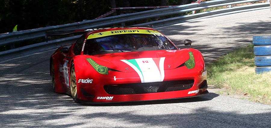 Tra le GT è vittoria per Lucio Peruggini con la Ferrari 458