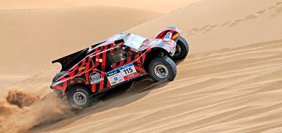 Splendida prestazione di Eugenio Amos su Ford TRX08LMOD con i colori del Team 2 Wheels Drive