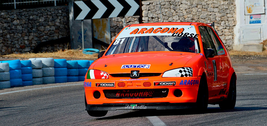 Giuseppe Aragona con la Peugeot 106 vince nelle E1 1600