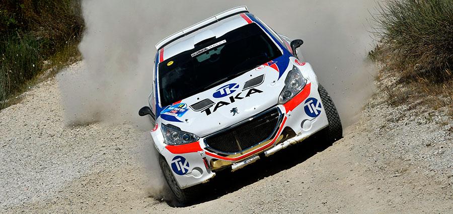 Vittoria di Giacomo Costenaro e James Bardini su Peugeot 208 T16 R5 nel Campionato Italiano Rally Terra