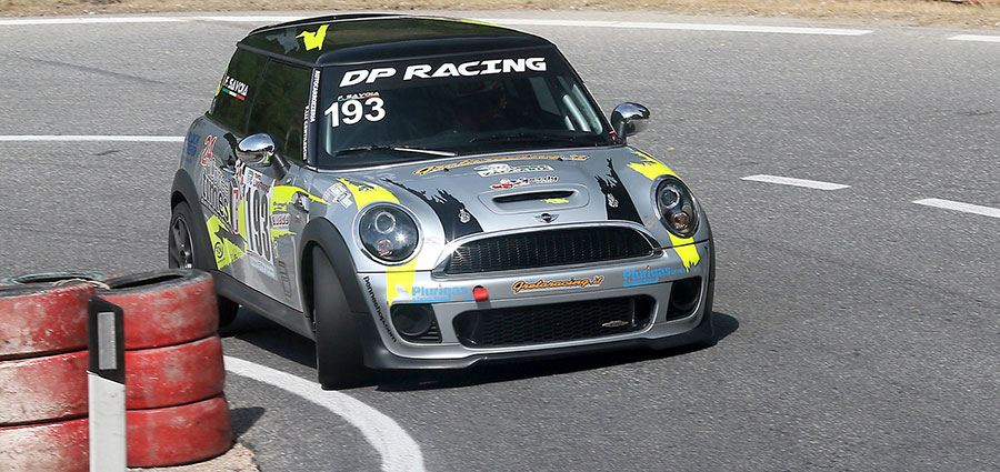 Secondo tra le Racing Start Plus Francesco Savoia con la Mini Cooper S (Foto Claudio Ricciotti)
