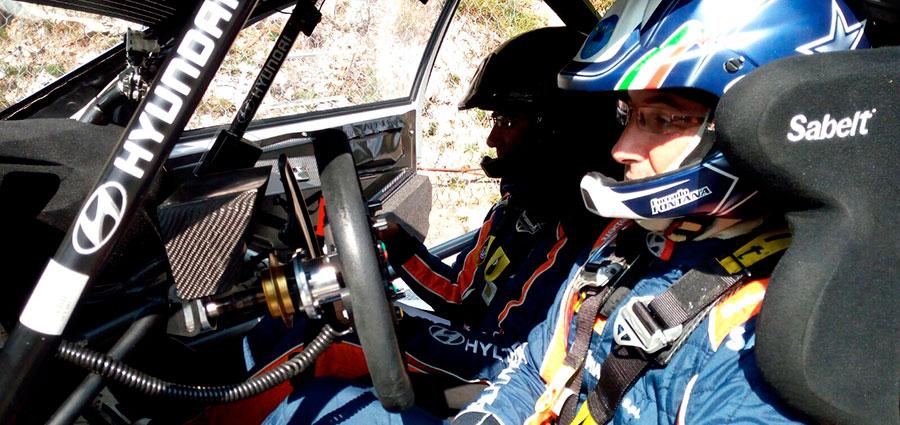 Male va alla Hyundai i20 Wrc di Corrado Fontana e Nicola Arena ferma fin dalle prime battute di gara con un manicotto fuori uso