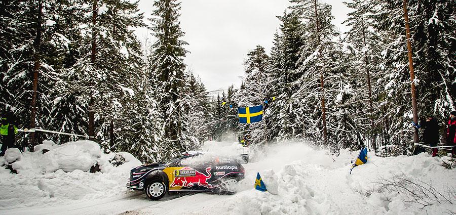 Dobbiamo scendere all'ottava posizione per trovare la prima Ford Fiesta Wrc di Teemu Suninen e Mikko Markkula
