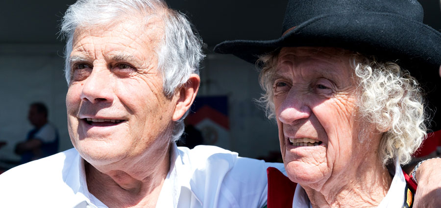 Giacomo Agostini e Arturo Merzario (ActualFoto)