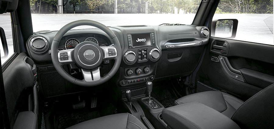 Gli interni della Jeep Wrangler JK Edition