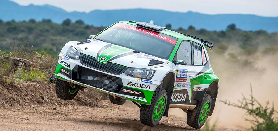 Pontus Tidemand con la Skoda Fabia R5 chiude la top ten con la vittoria della classe WRC 2
