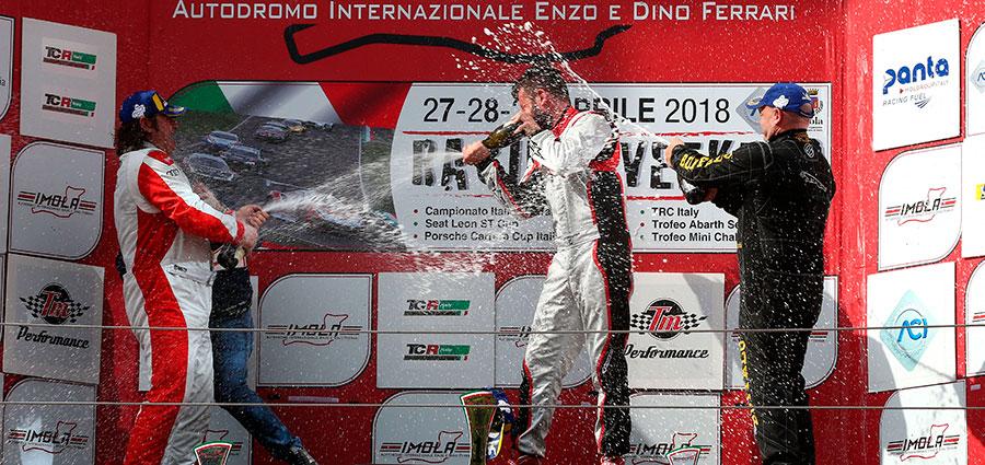 Podio assoluta gara 2 del TCR Italy 2018