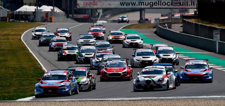 Lo start di gara del TCR Italy al Mugello