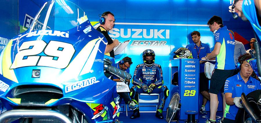 Andrea Iannone con la Suzuki completa la top ten dopo una gara priva di acuti (Foto Claudia Cavalleri)