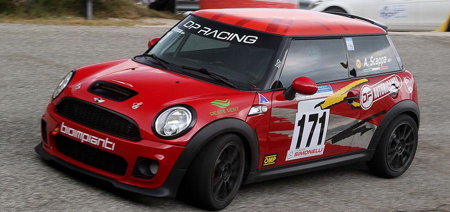 Tra le Racing Start solito dominio delle Mini Cooper S JCW con Antonio Scappa (Foto Claudio Ricciotti)