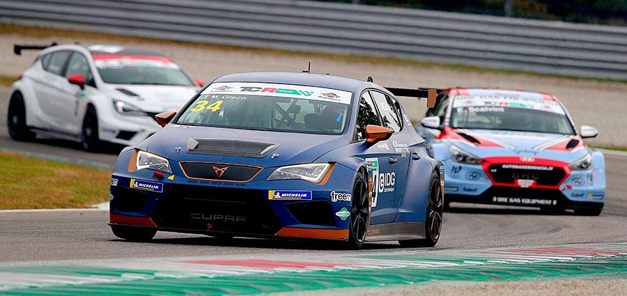 Matteo Greco vince tra le vetture DSG davanti a Massimiliano Gagliano e Alessandro Thellung