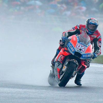 MotoGP, a Dovizioso l'ultima sotto l'uragano