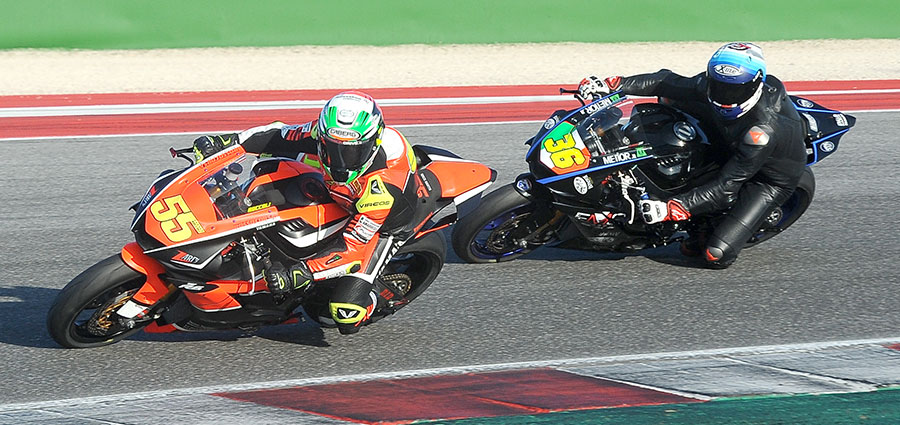 Massimo Roccoli in bagarre con Lorenzo Gabellini per la leadership della SS600 (Foto Giovanni Vanacore)