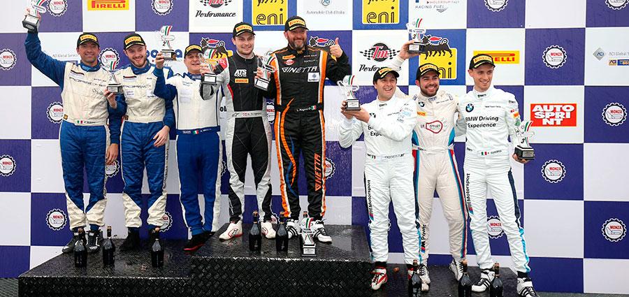 Il podio della GT4