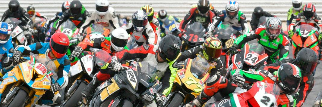 La partenza della 1000 Pro del Trofeo Italiano Amatori nella Coppa Italia Velocità