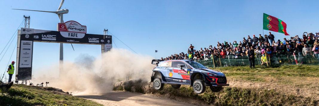 Thierry Neuville e Nicolas Gilsoul a bordo della Hyundai i20 Coupé Wrc vincono il Rally del Portogallo