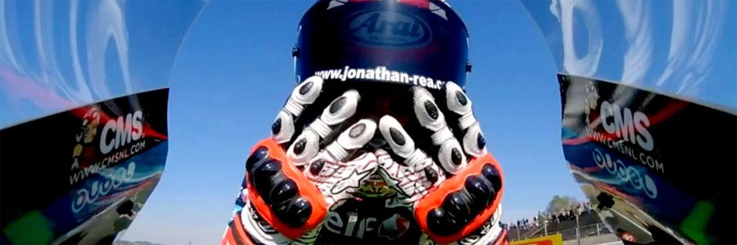 Jonathan Rea si laurea per la quanrta volta Campione del Mondo nel WSBK vincendo la prima manche sul circuito di Magny Cours