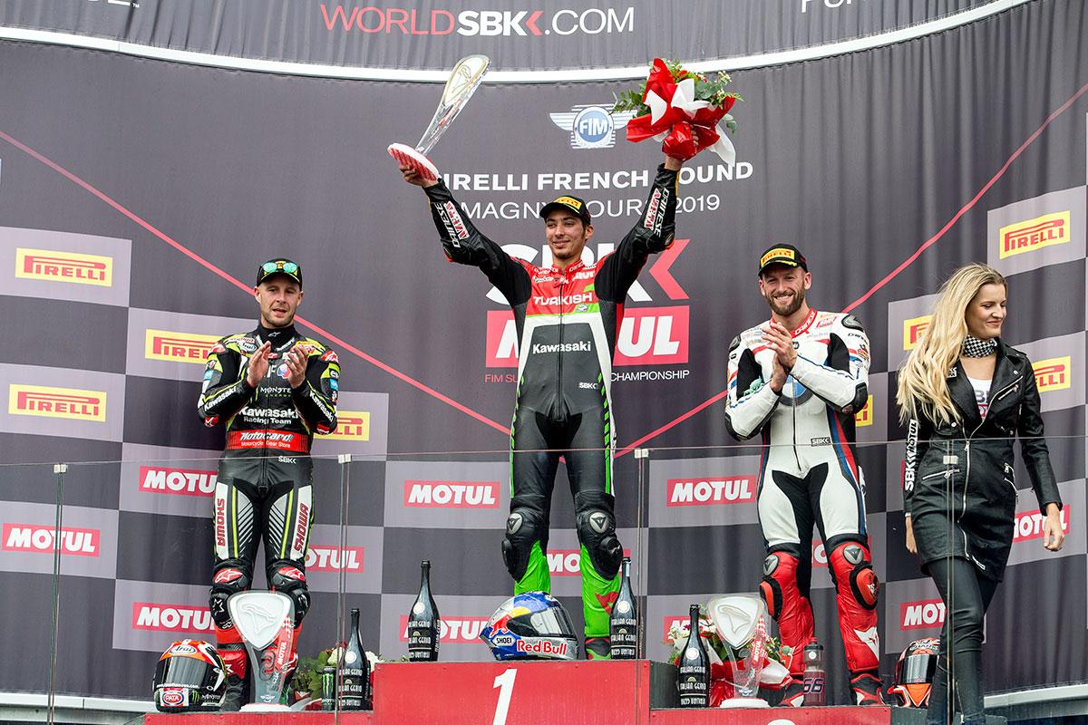 Il podio di gara 1 della WSBK a Magny Cours