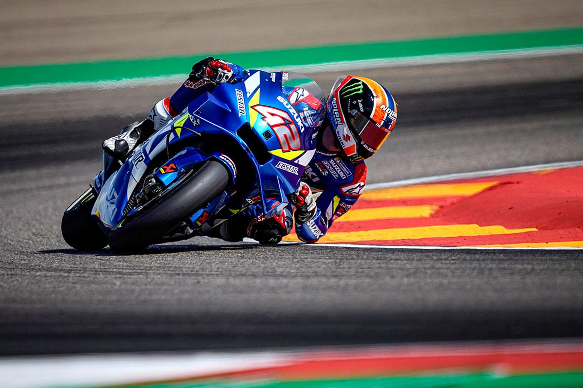 Alex Rins termina nono con una penalità per aver appiedato ad inizio gara Franco Morbidelli