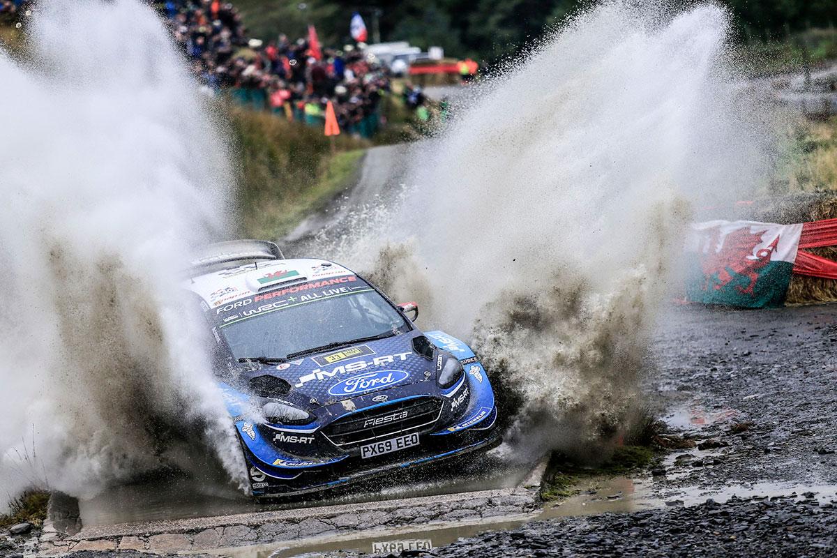 Elfyn Evans e Martin Scott che con la Ford Fiesta WRC terminano quinti dopo una rimonta rabbiosa