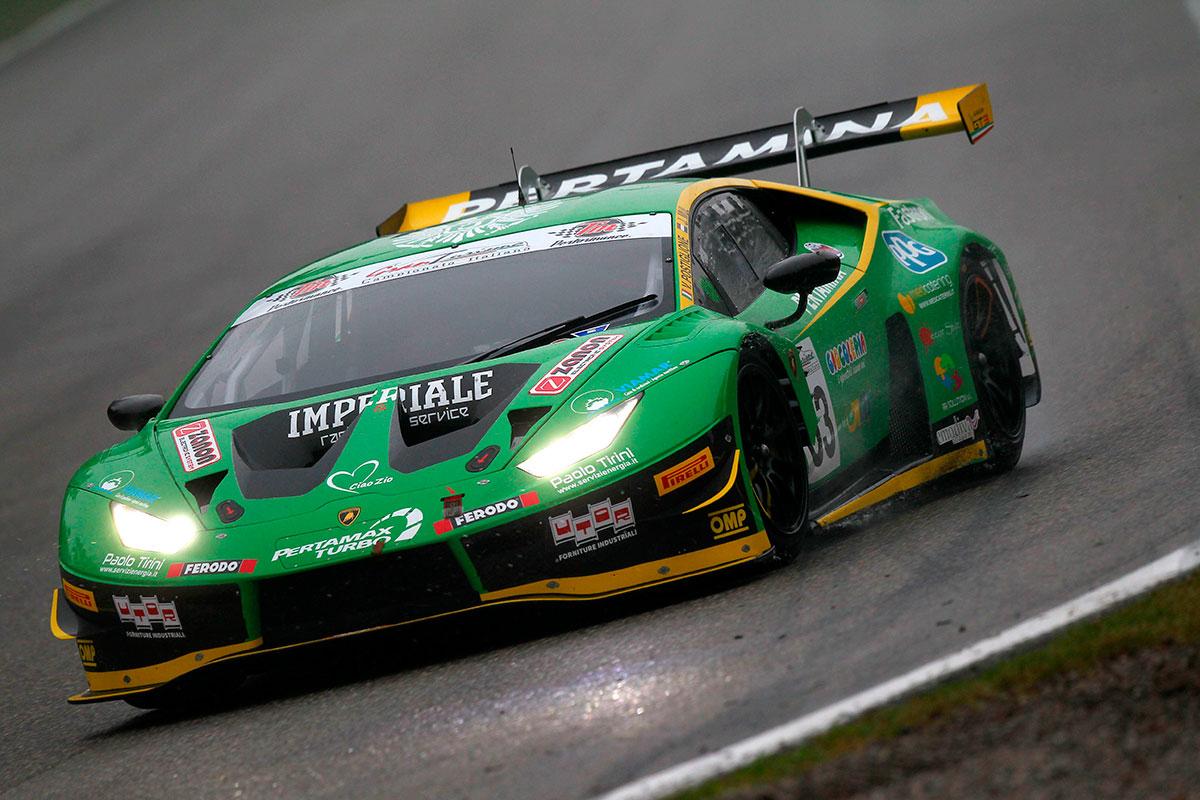 Vito Postiglione e Jeroen Mul con la Lamborghini Huracan di Imperiale guadagnano il bronzo di stagione