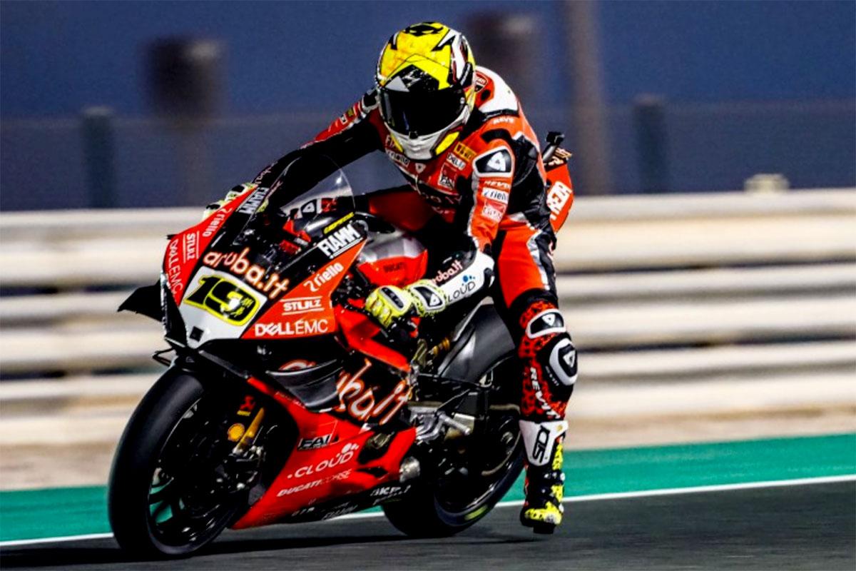 Non raccoglie quanto sperato nella stagione 2019 Alvaro Bautista con la Ducati Panigale R ufficiale