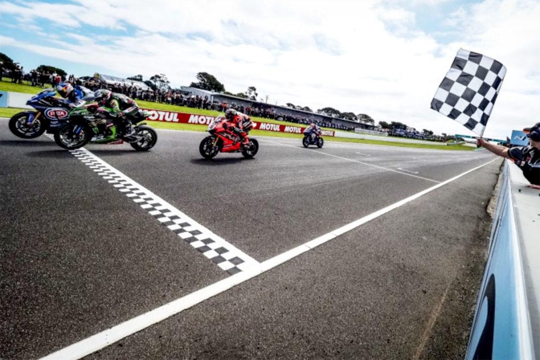 La gara di apertura della stagione WSBK 2020 se l'aggiudica sul filo del centesimo di secondo Toprak Razgatlioglu con la Yamaha YZF R1