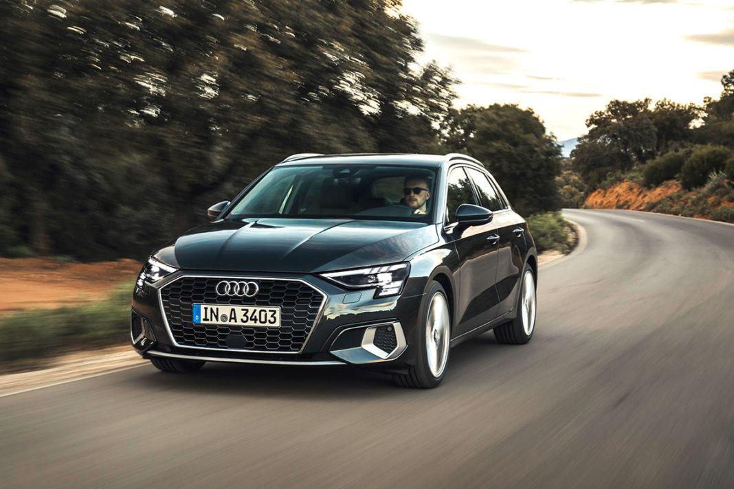 i proiettori della nuova Audi A3 Sportback sono a LED Audi Matrix