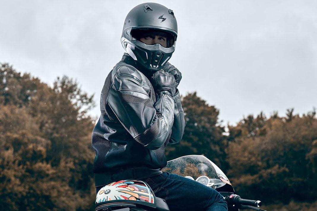 Il casco Scorpion Covert-X è disponibile in 6 taglie e gode di ben 5 anni di garanzia