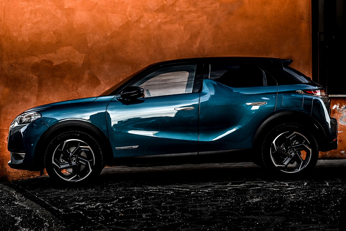 DS3-Crossback-Performance-Line-Laterale