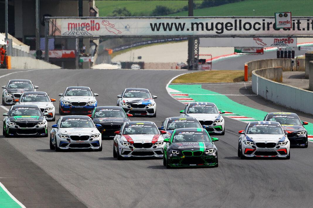 Bmw-M2-CS-Racing-Cup-2021-Mugello-Start